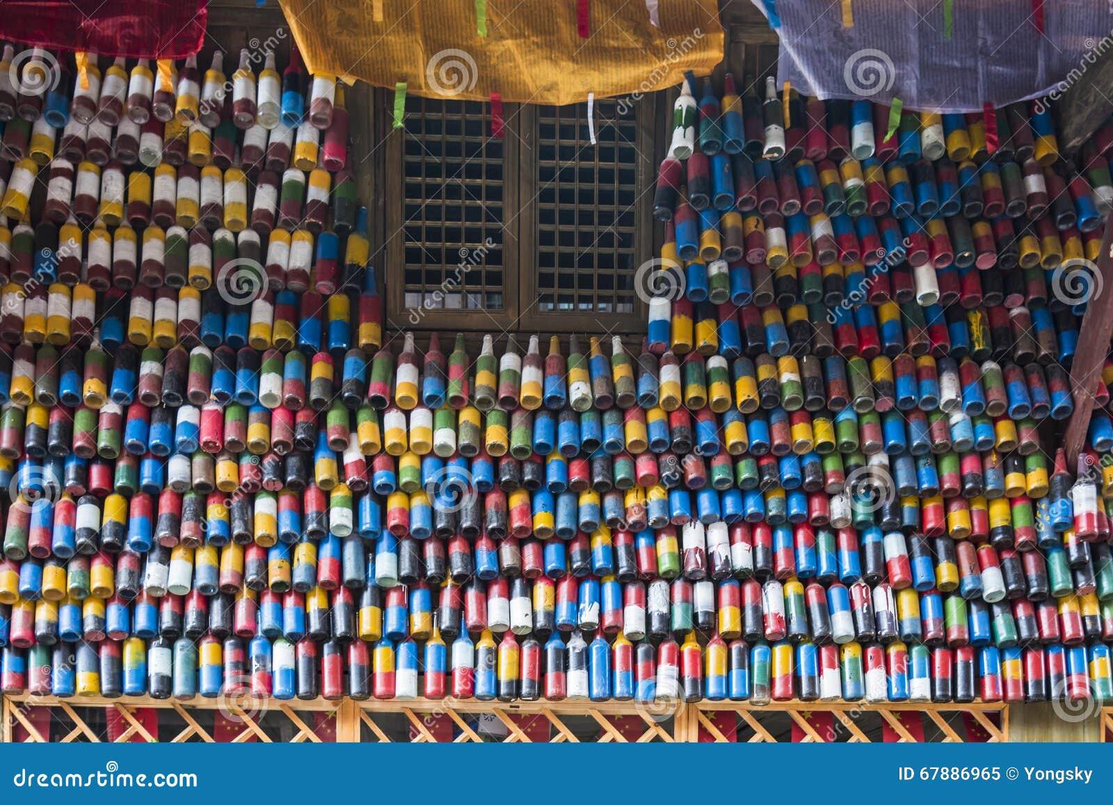 Botellas de cerveza coloridas