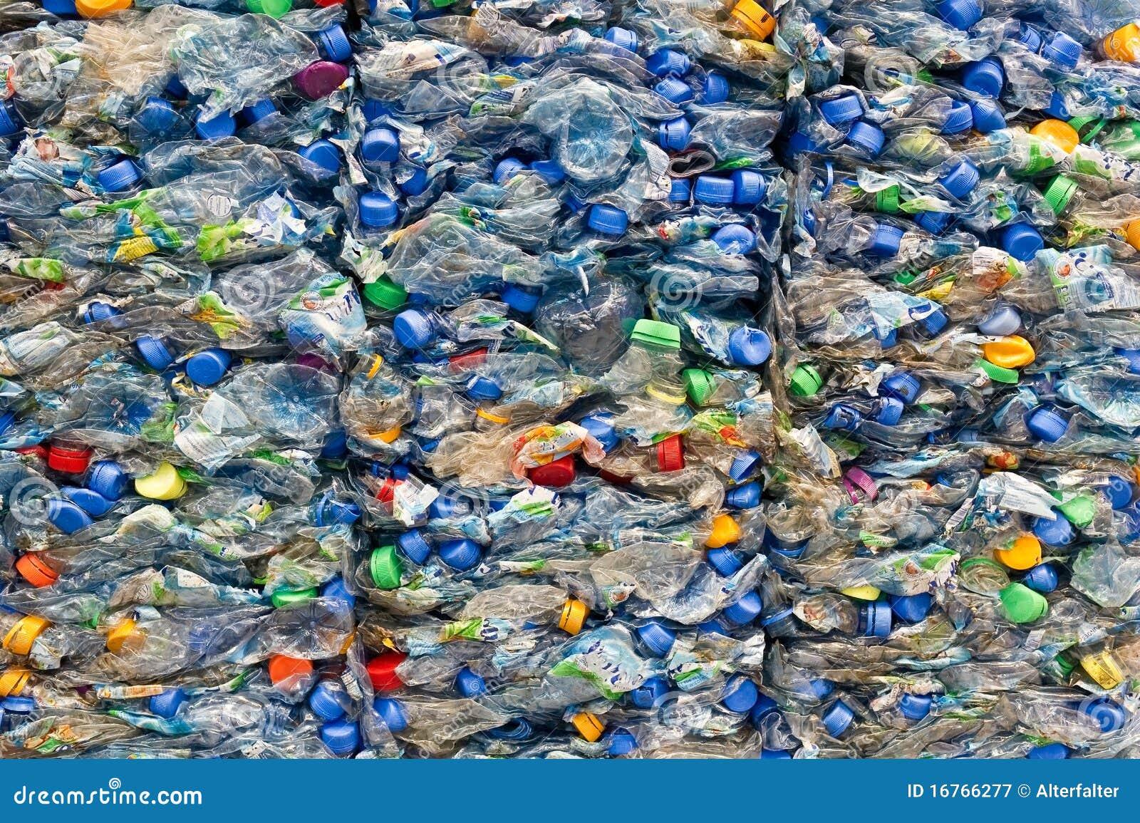 Botellas plásticas viejas