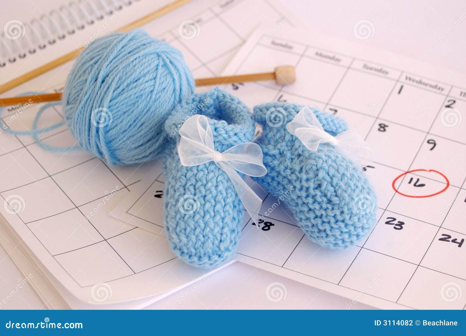 Botines azules y calendario