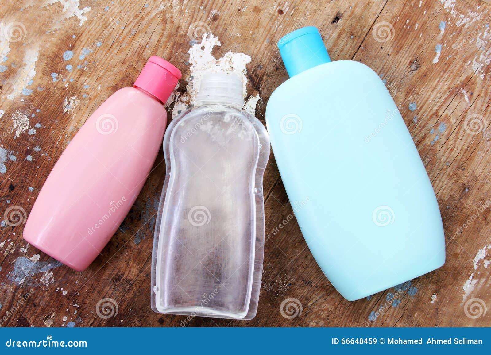 Bottiglia dello sciampo del bambino