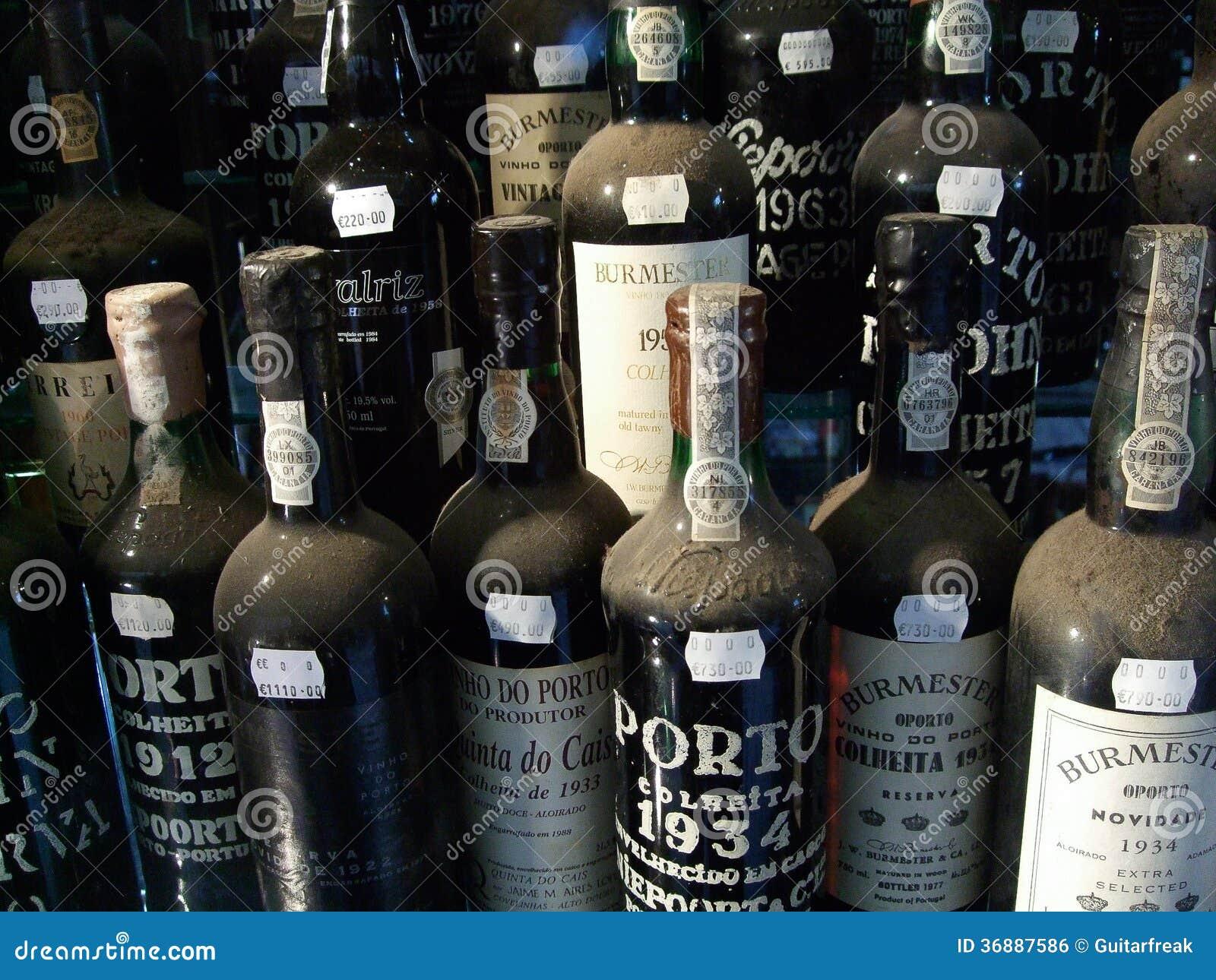 Download Bottiglie di porto fotografia editoriale. Immagine di porto - 36887586