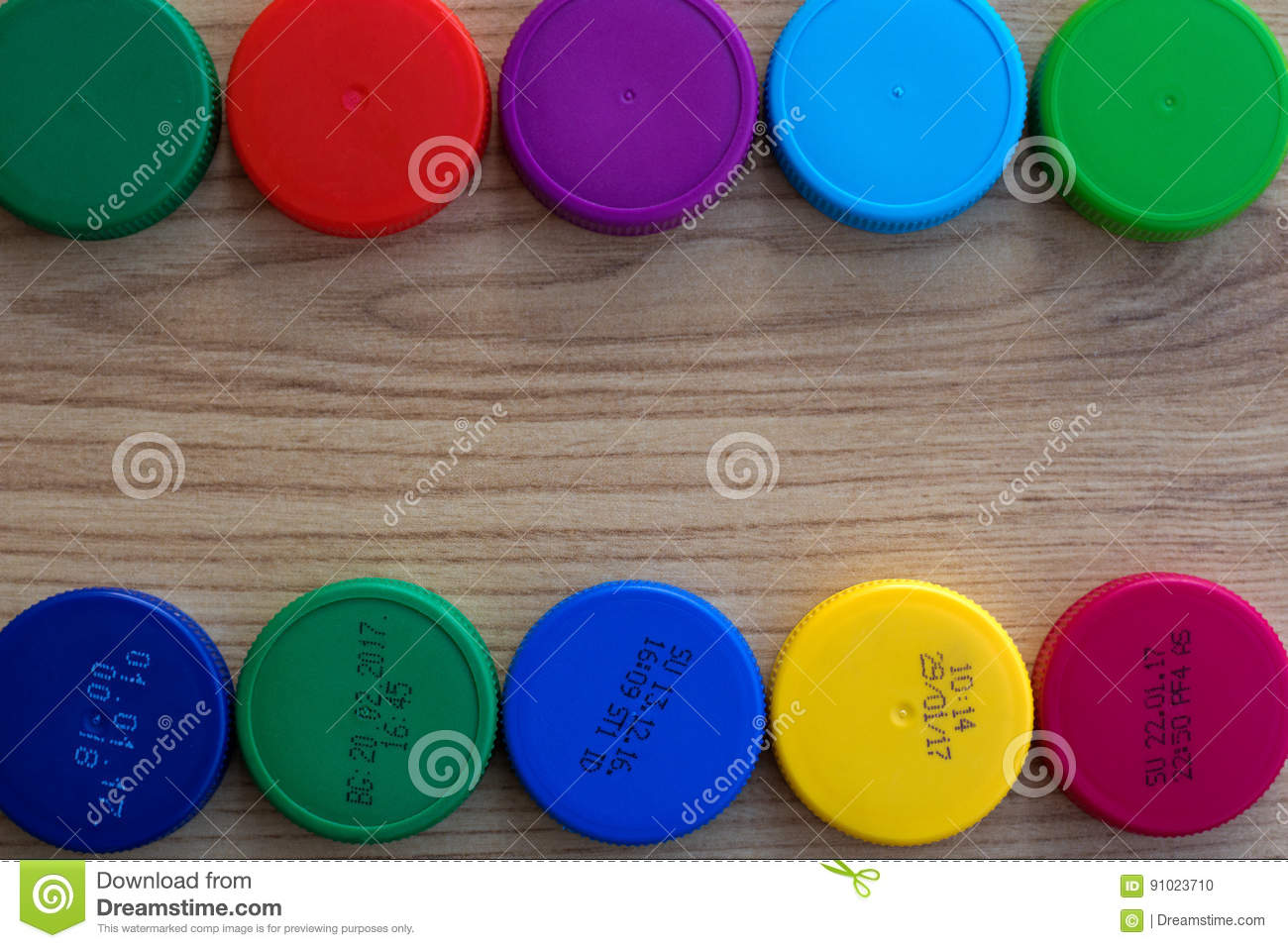 Bottle caps with and without the production date