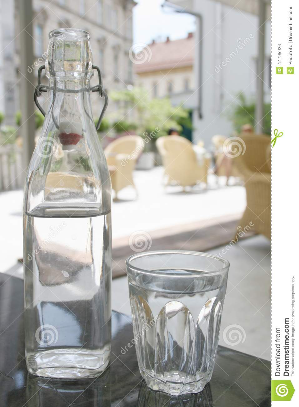The Drinking Glass In Italian