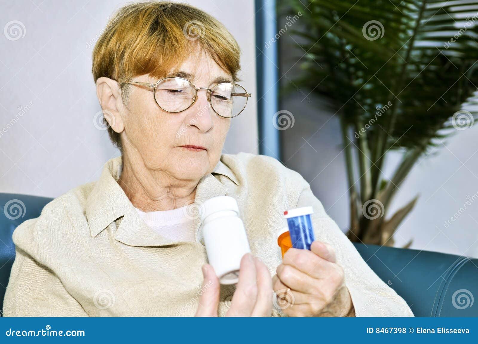 Bottles den gammalare pillavläsningskvinnan