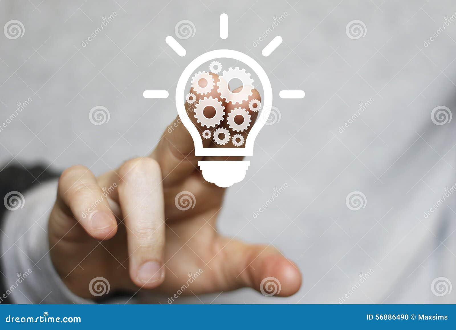 Bottone di ingegneria di web dell ingranaggio della lampadina di idea di affari