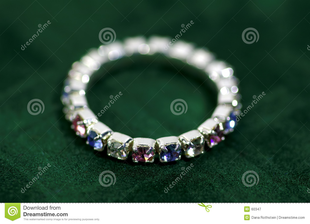Download Boucle image stock. Image du jewelery, gemmes, valeur, diamants - 60347