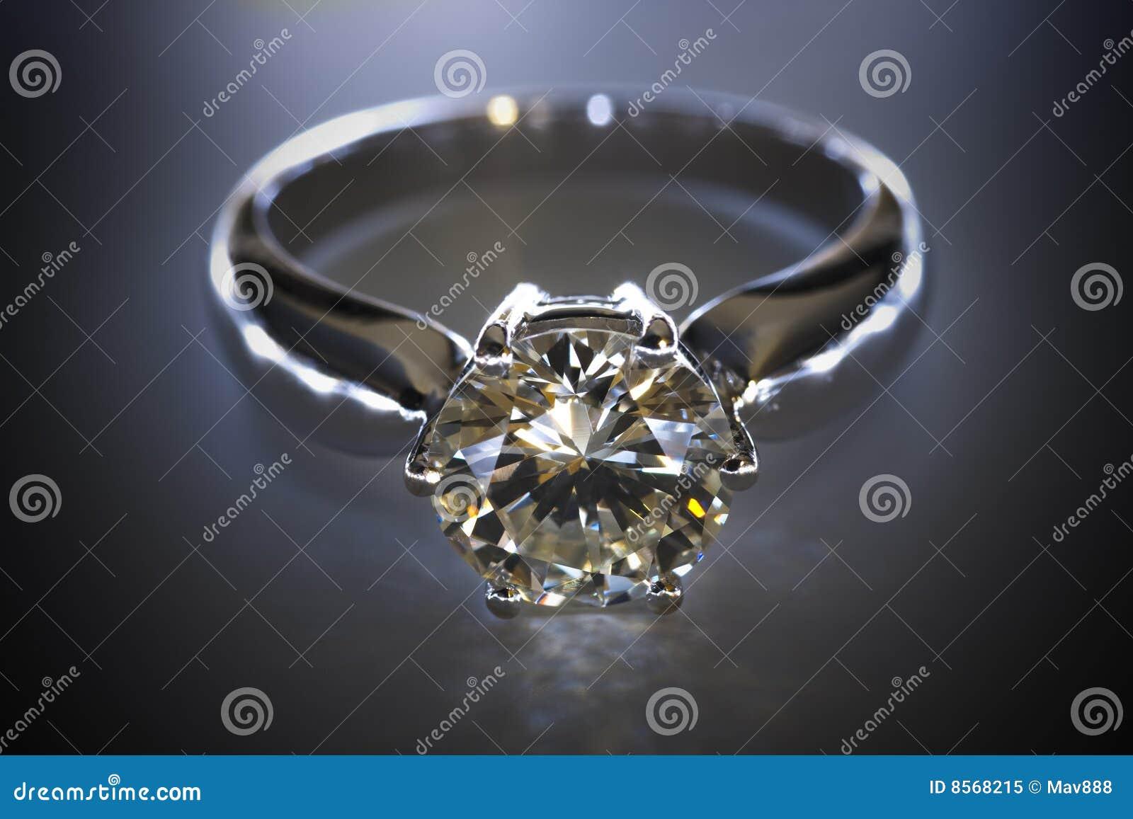 Boucle de diamant
