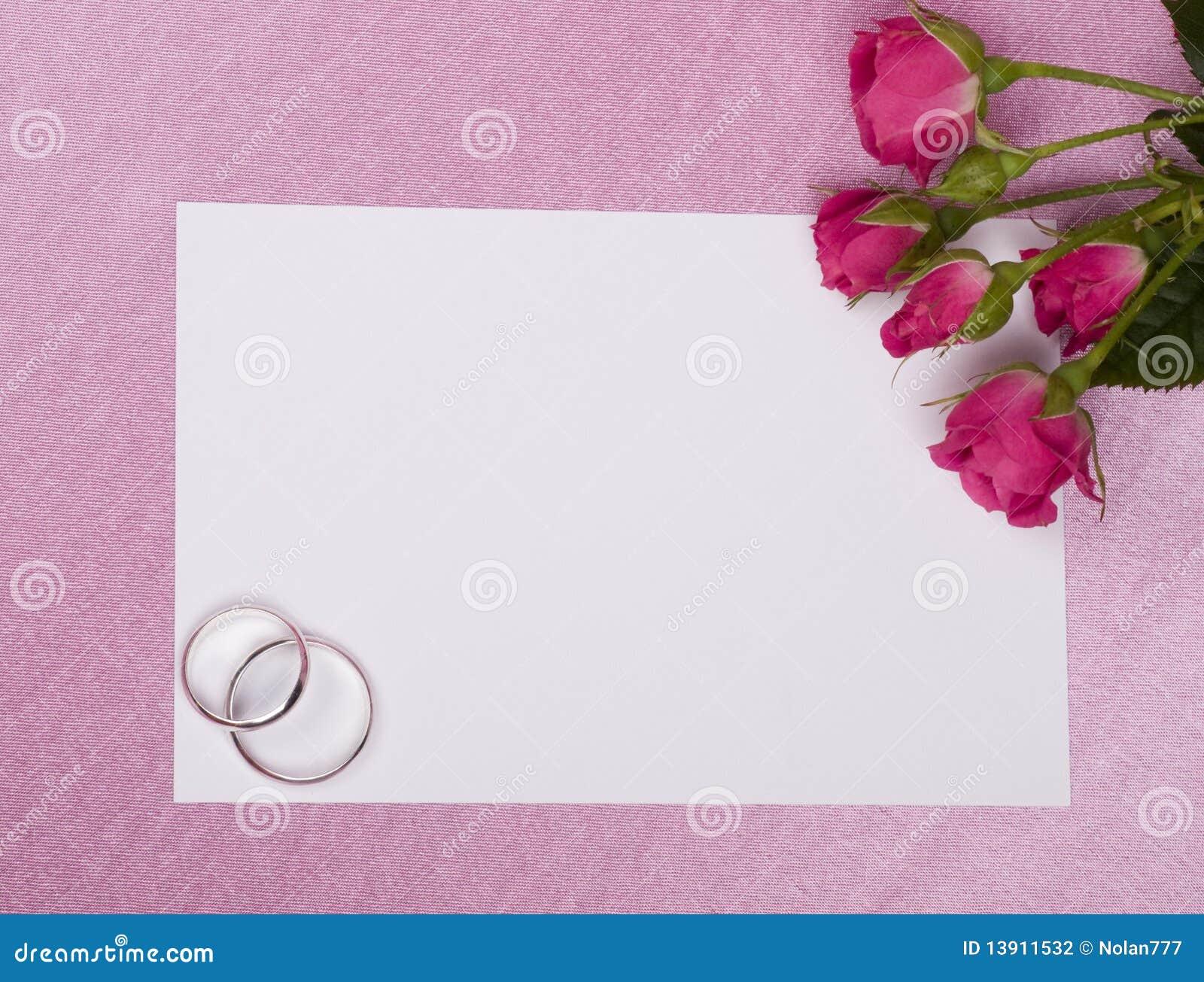 Boucles, carte et roses de mariage