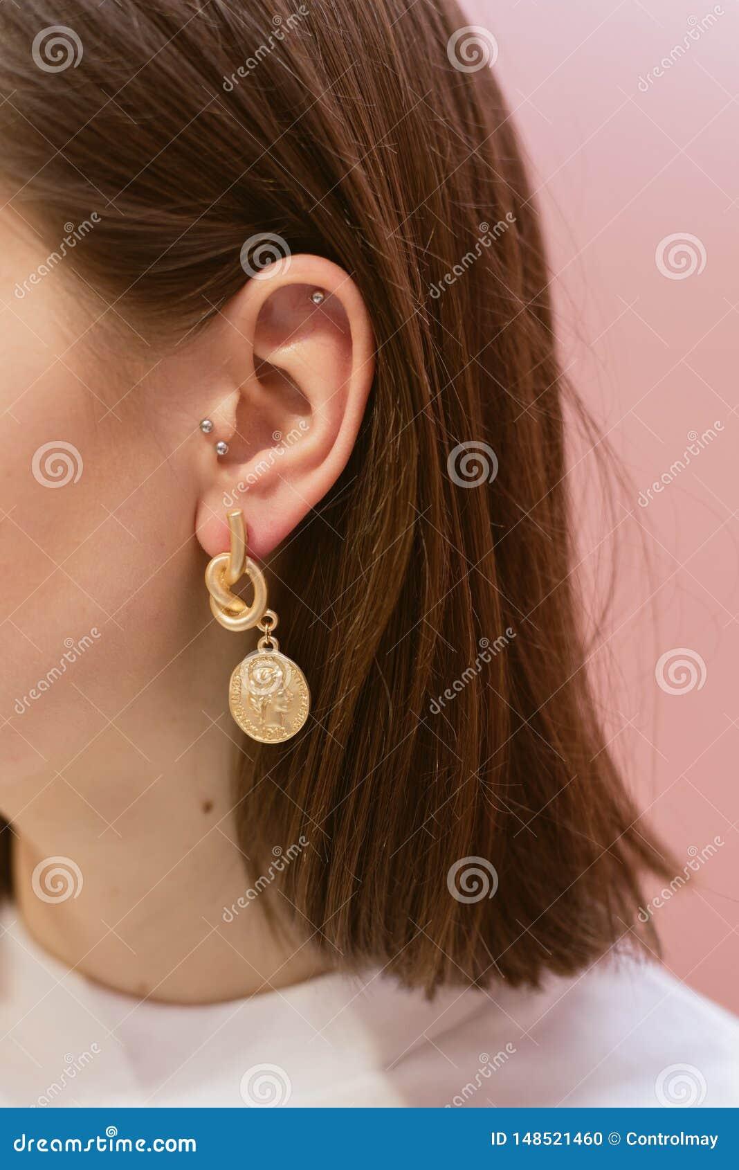 Boucles d oreille ?l?gantes avec des coquilles