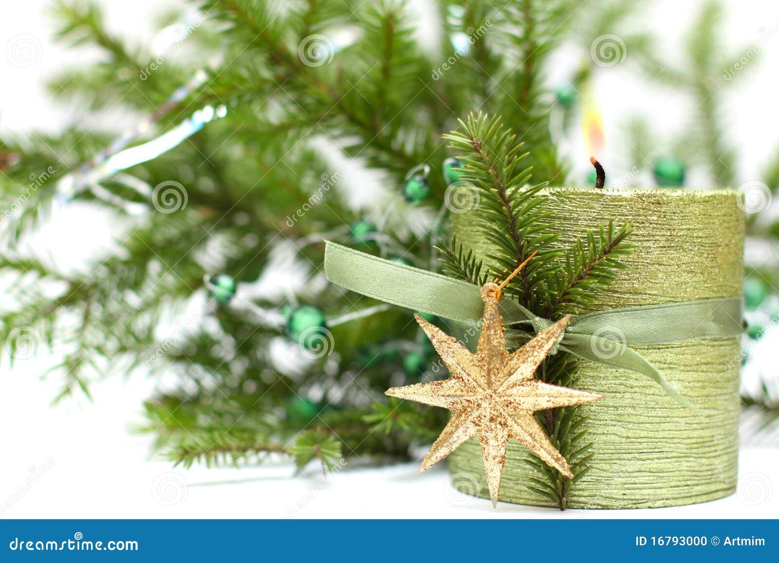 #4A631C Bougie De Noël Décoration Et Arbre De Sapin Vert Photo  6115 decoration de noel verte 1300x957 px @ aertt.com