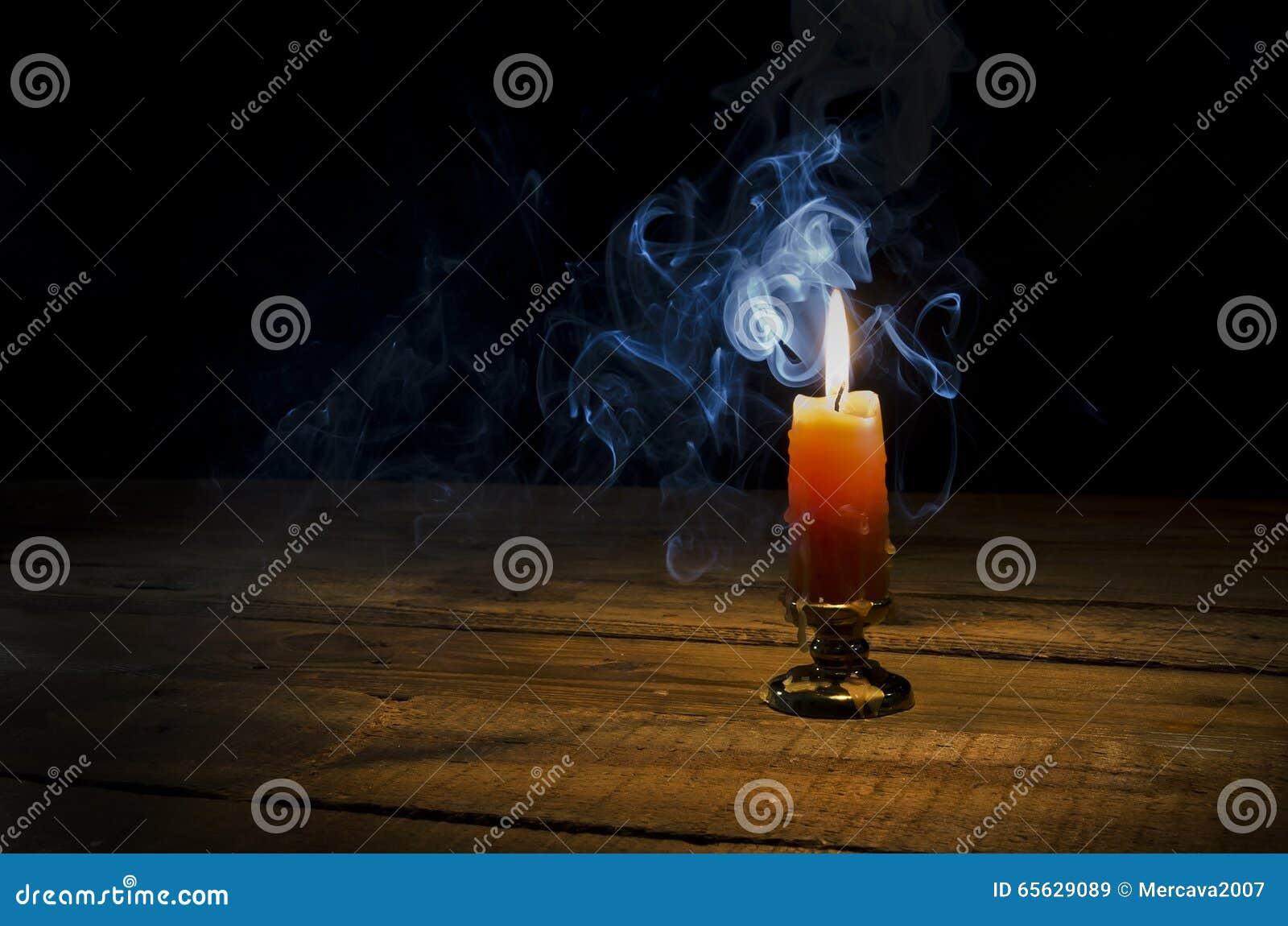 Bougie, flamme, fumée