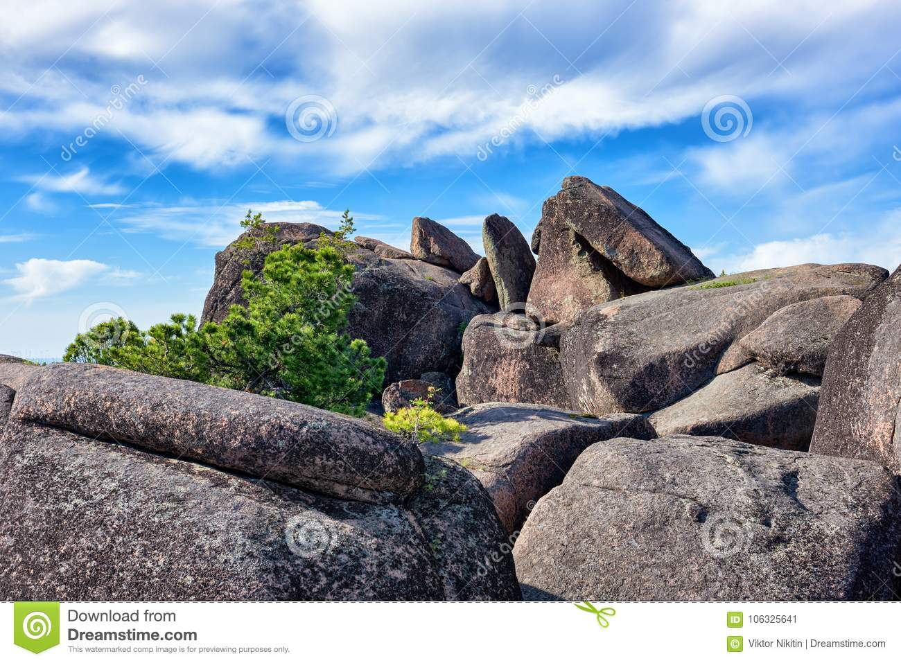 Boulders on top of cliff