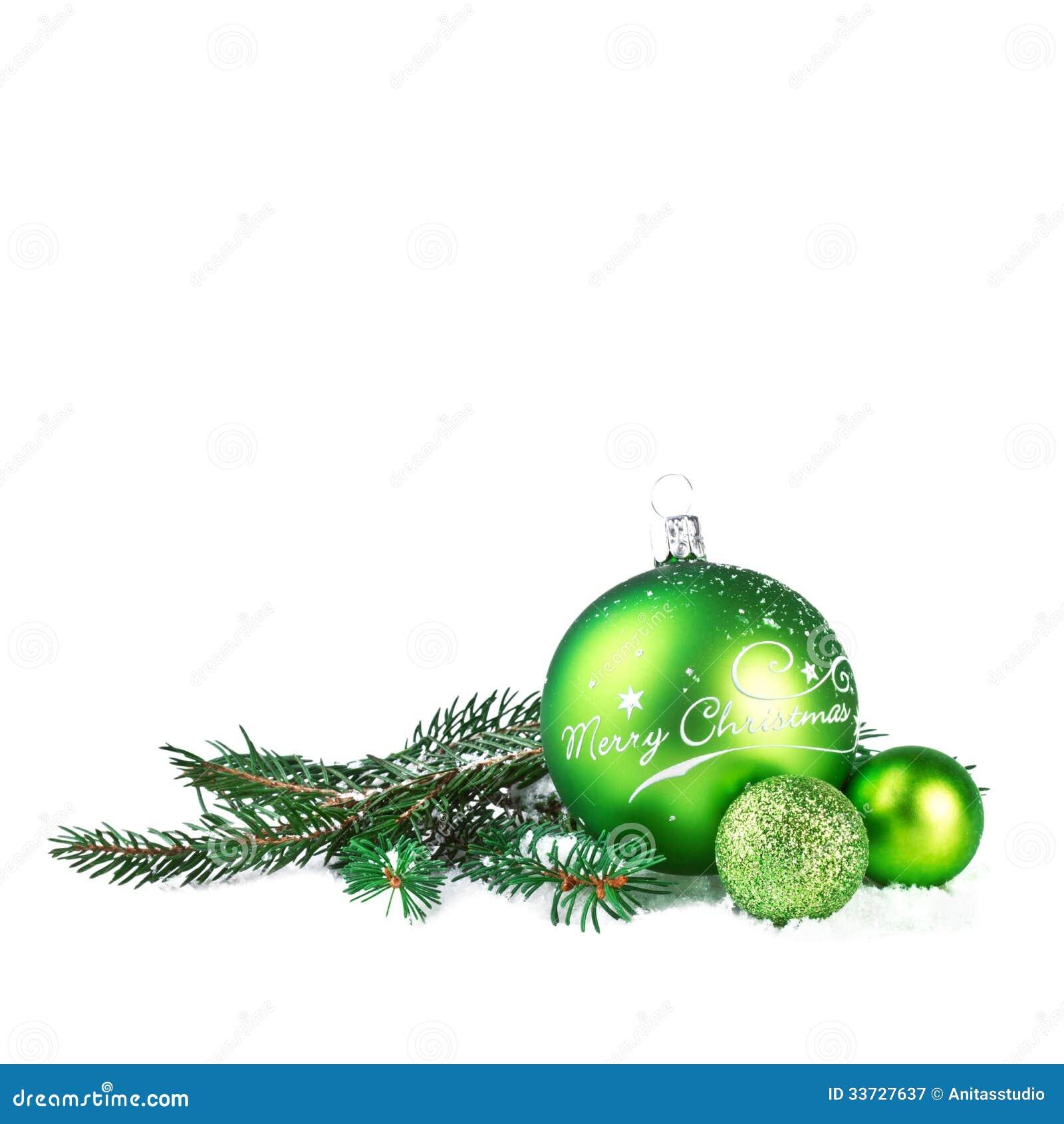 Boule de no l avec la branche de sapin photographie stock for Branche de sapin deco noel