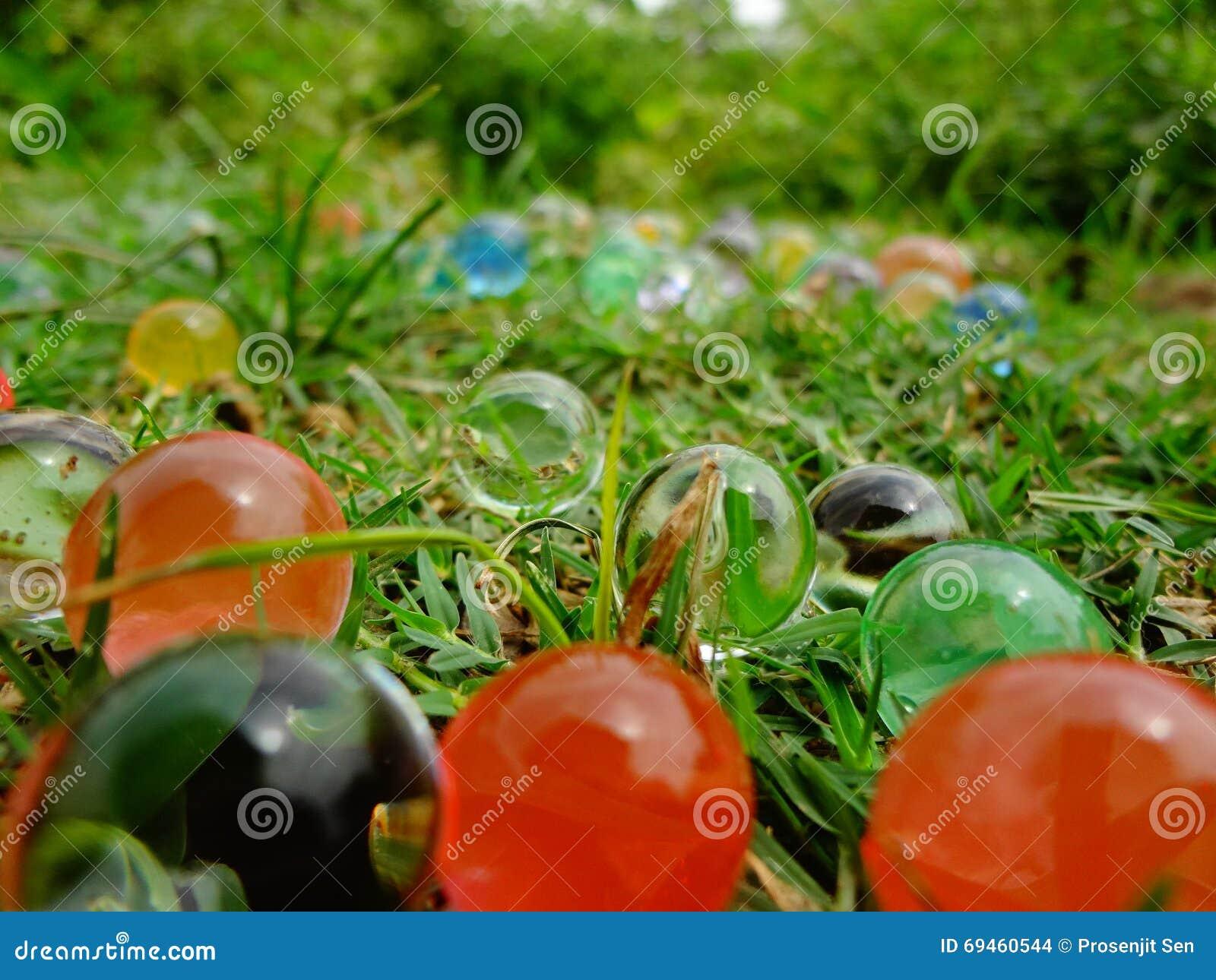 Boules magiques colorées
