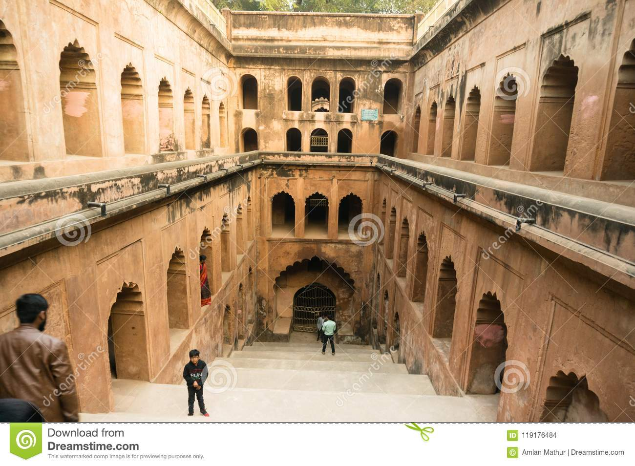 history of lucknow india