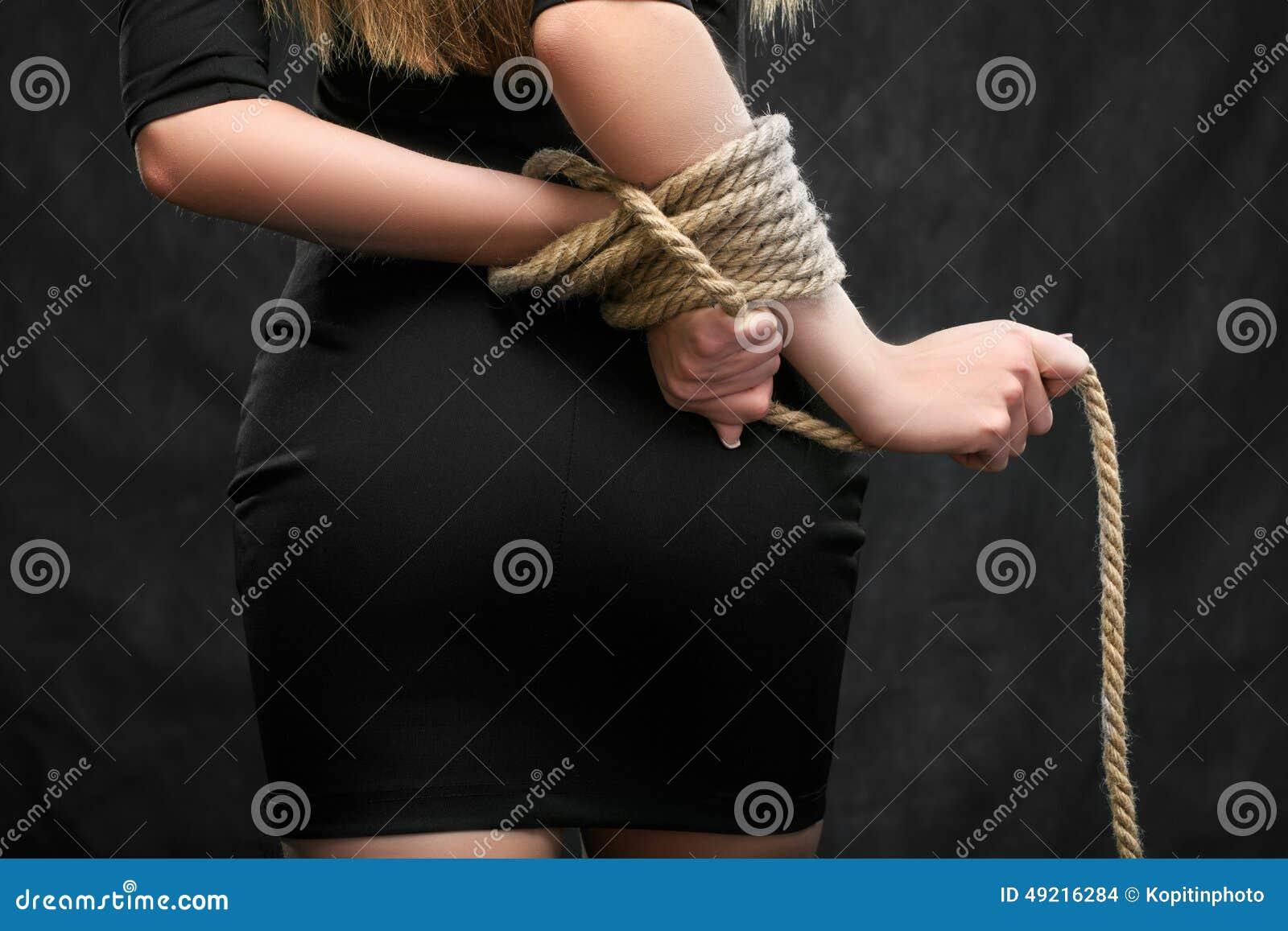 Похищение связанные девушка 8 фотография