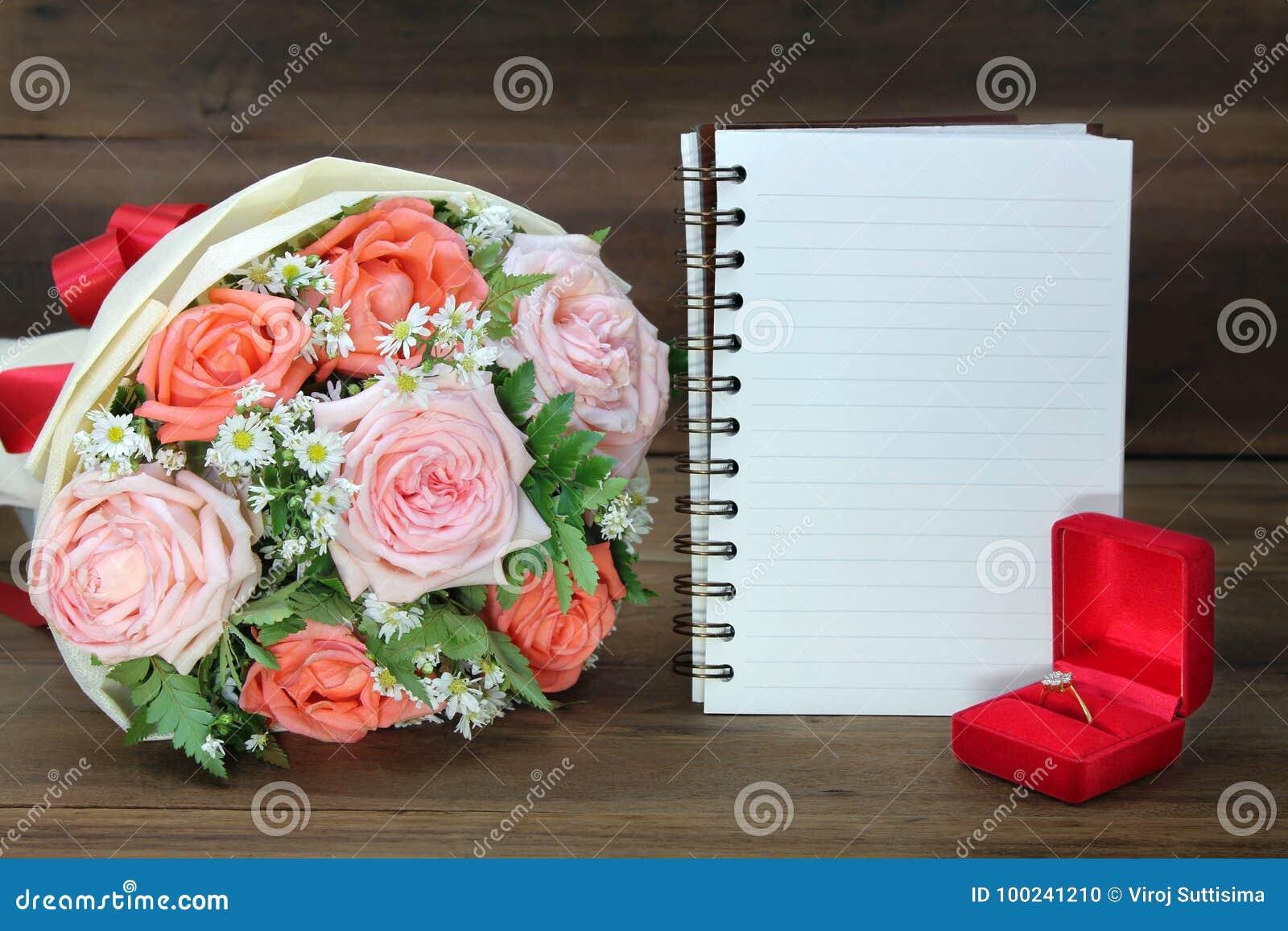 Bouquet De Mariage Des Roses Roses Et Oranges De L Anneau