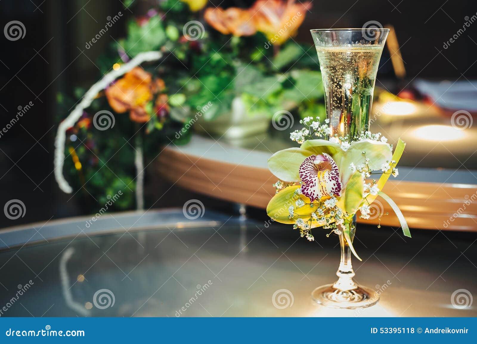 Decoration De Verre A Champagne
