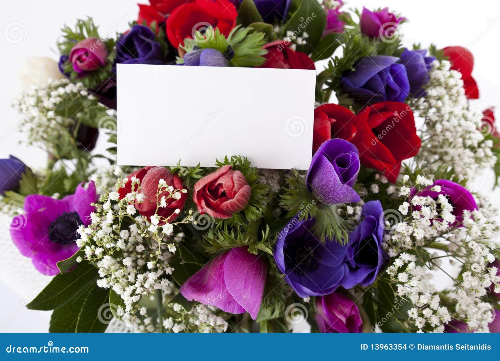 Bouquet Des Fleurs Avec La Carte Blanche Vierge Images ...