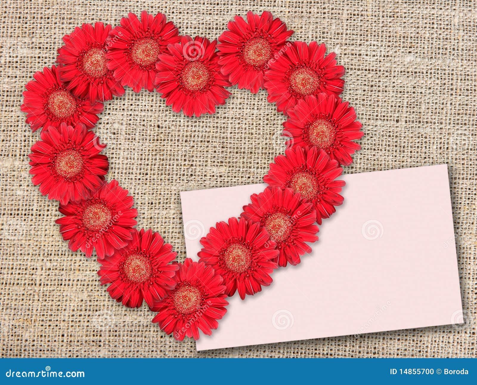 Bouquet des fleurs rouges comme coeur forme photo stock for Prix de bouquet de fleurs