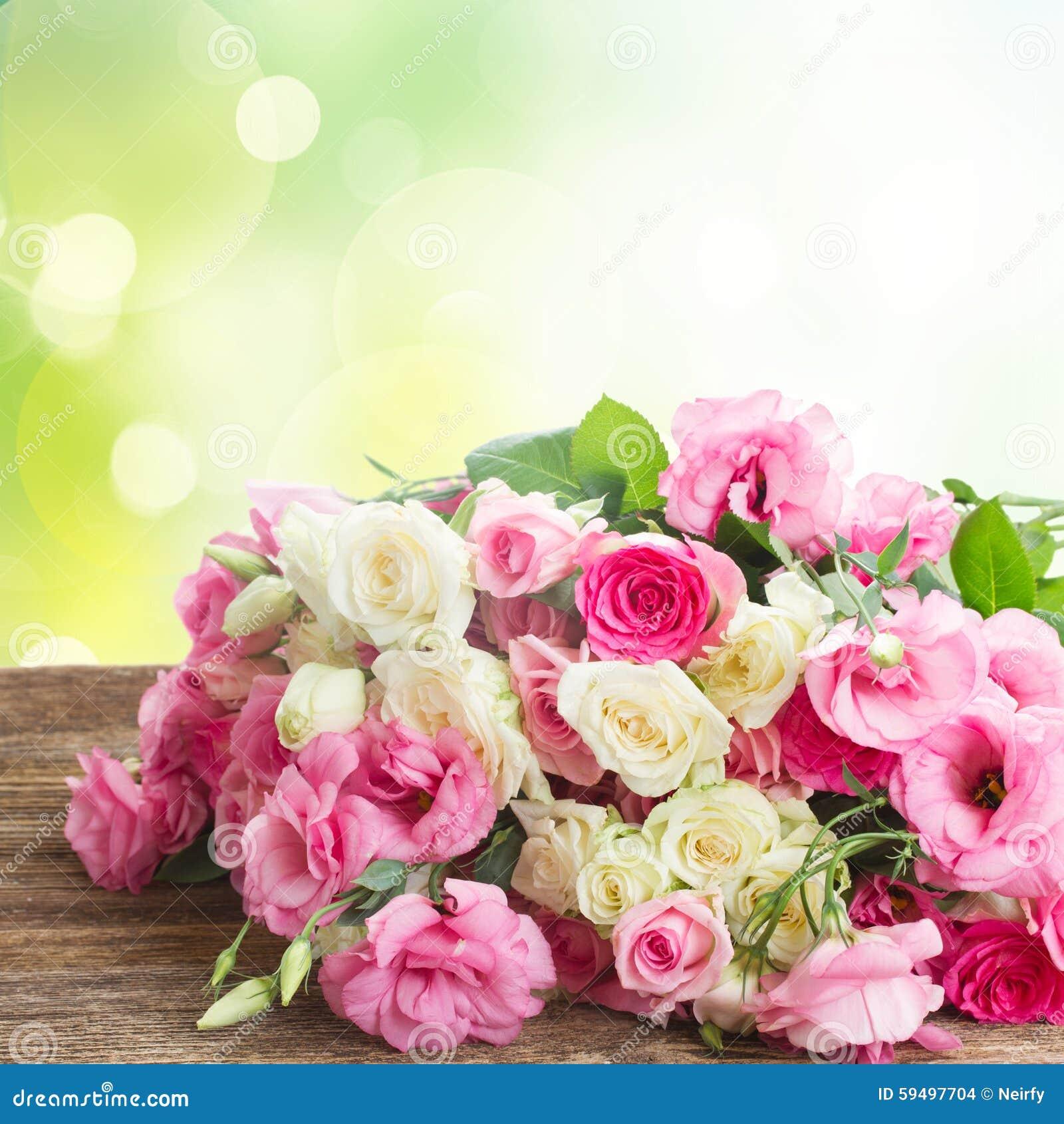 Bouquet des roses fraîches