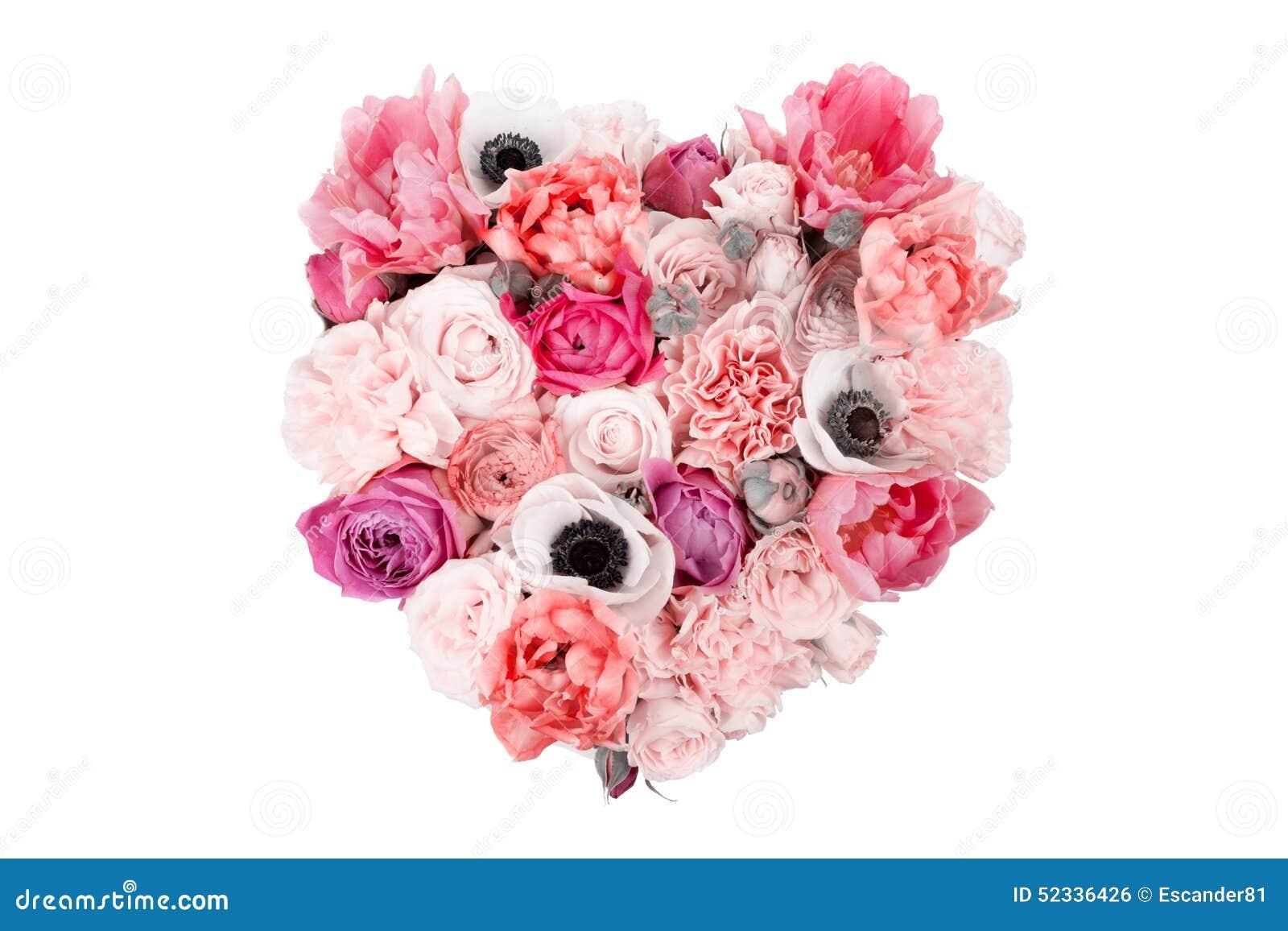 bouquet en forme de coeur de fleur d'isolement sur le blanc photo