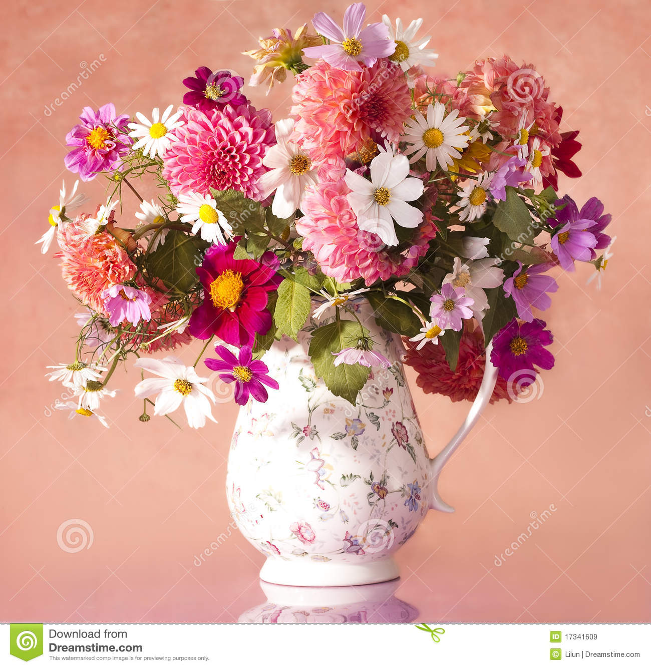 Bouquet of flowers stock image. Image of fragment, chamomile - 17341609