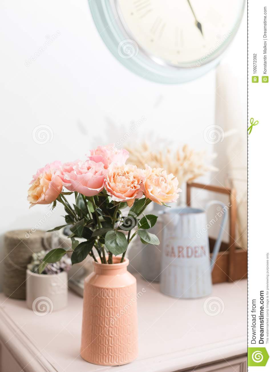 images?q=tbn:ANd9GcQh_l3eQ5xwiPy07kGEXjmjgmBKBRB7H2mRxCGhv1tFWg5c_mWT Get Inspired For Shabby Chic Home Decor @house2homegoods.net