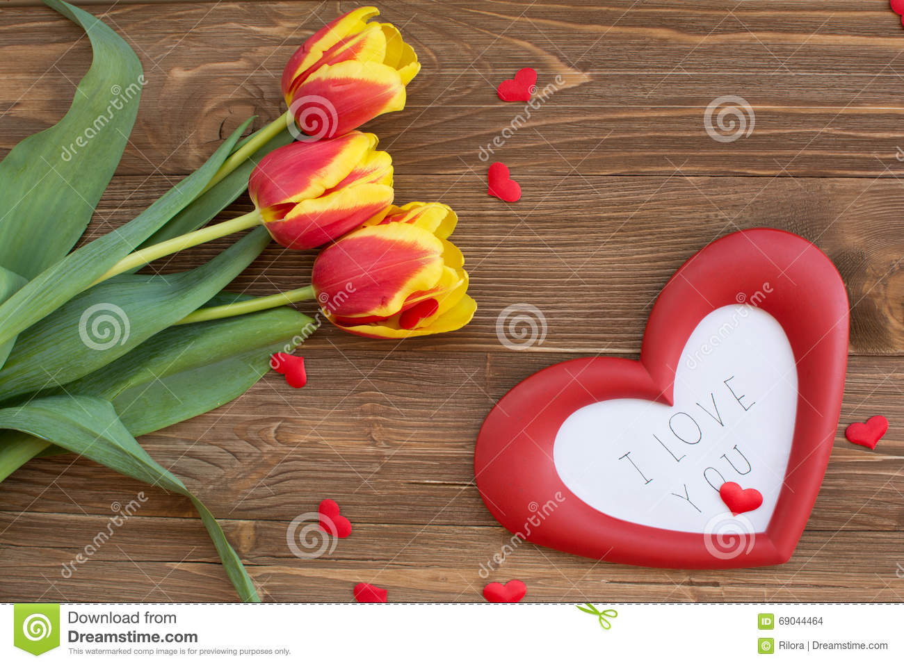 bouquet and heart frame with words i love you stock photo image