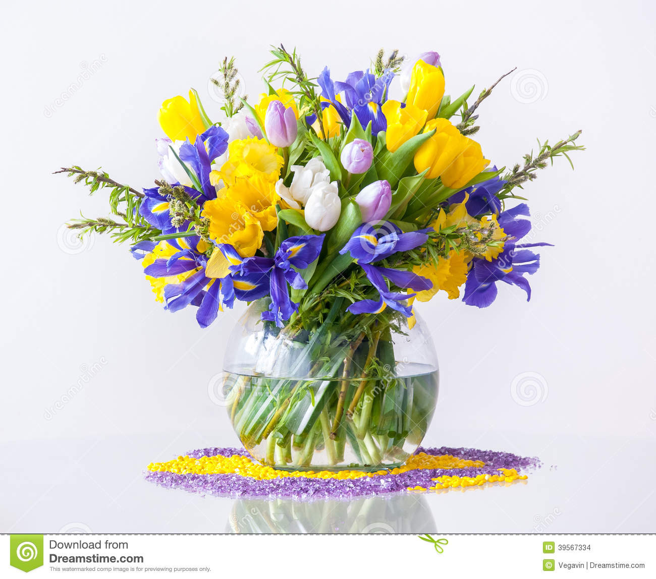 Bouquet Of Spring Flowers Stock Photo Image Of Easter 39567334