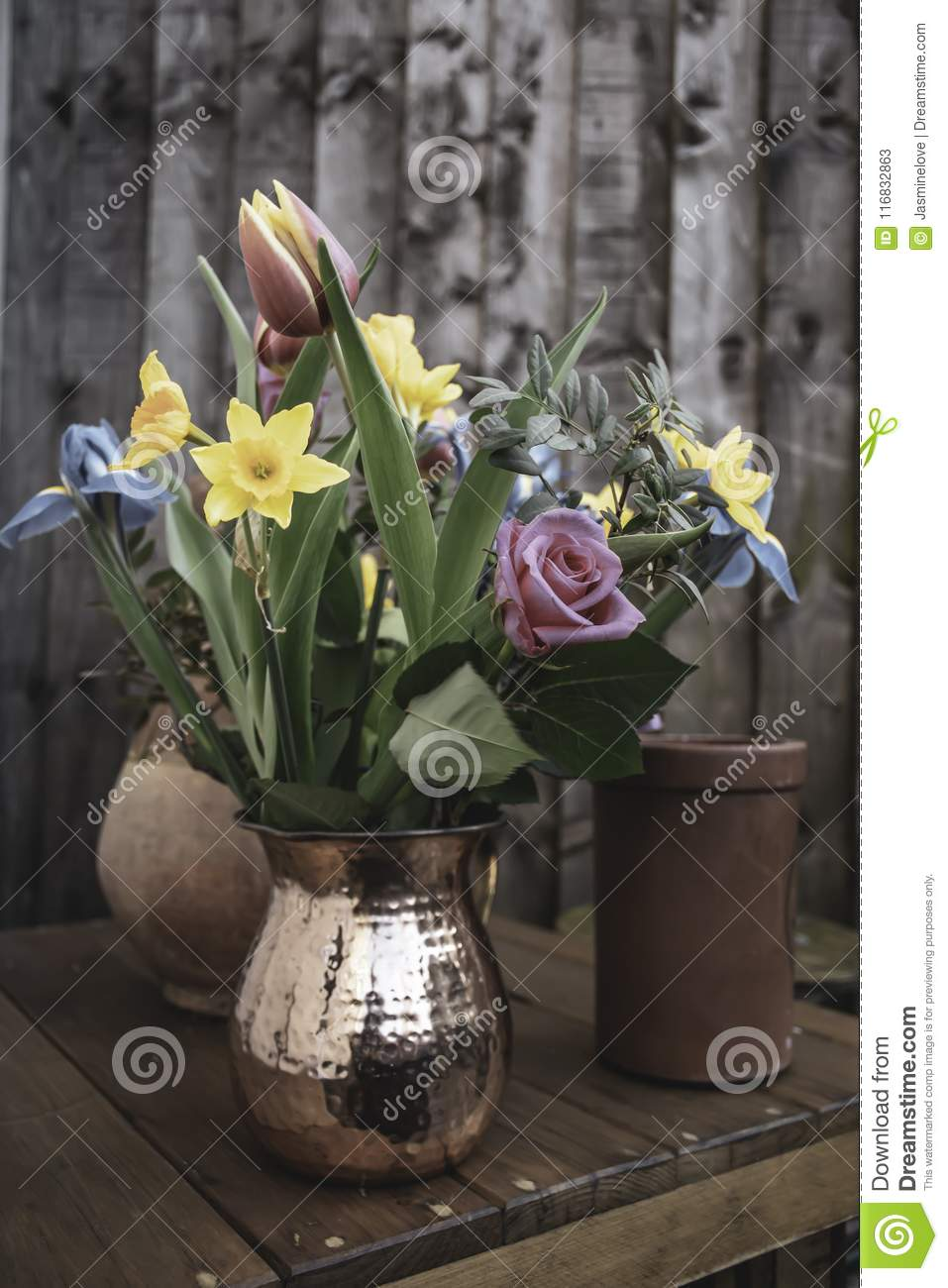 Bouquet Of Cut Spring Flowers In British Garden Stock Image Image