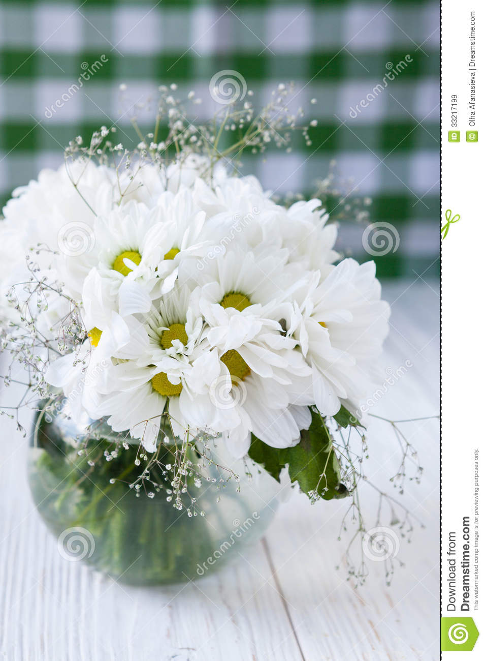 Bouquet Of White Flowers On The Kitchen Table Stock Image - Image of ...