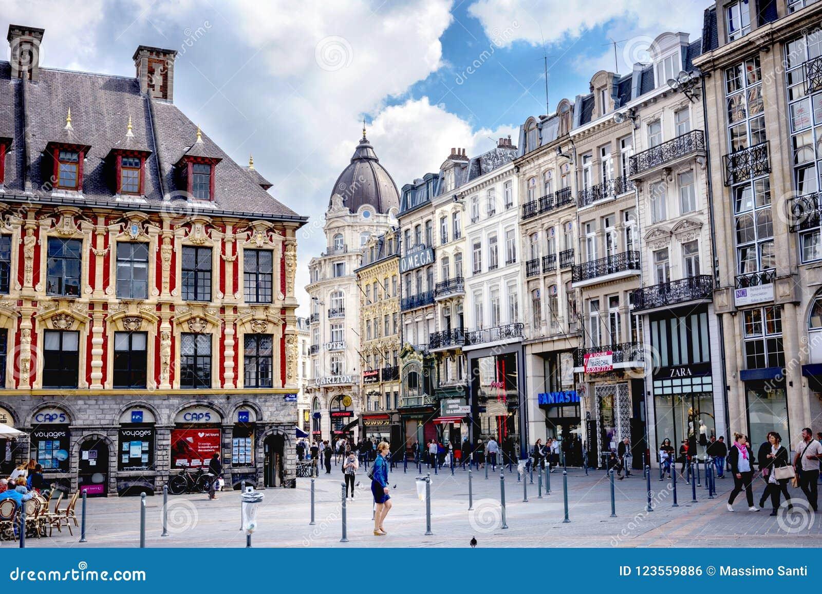 """Bourse van LILLE †""""Vieielle, het is één van de belangrijkste monumenten van de Franse stad van Lille frankrijk"""