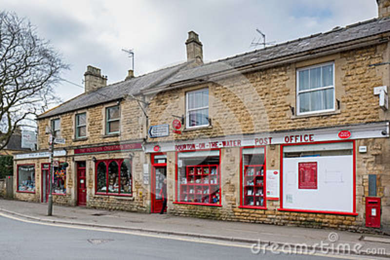 BOURTON-ON-THE-WATER, GLOUCESTERSHIRE/UK - MARCH 24 : The Post O
