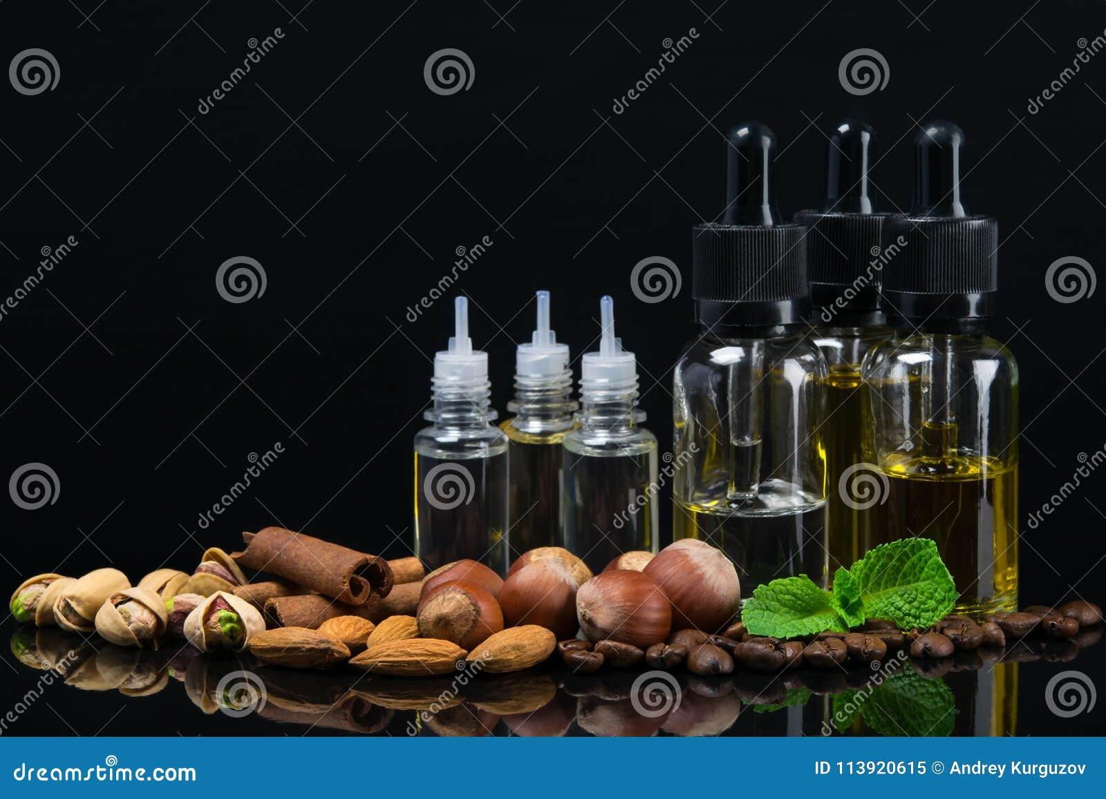 Bouteilles avec des liquides des saveurs nuts pour la cigarette d e