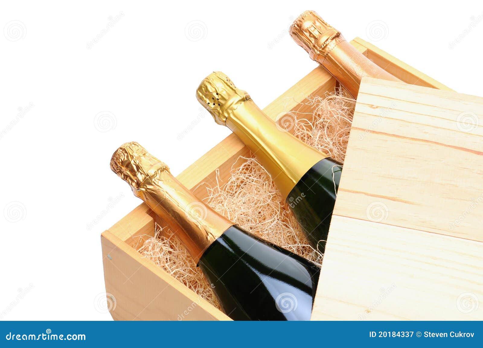 bouteilles de champagne dans la caisse en bois image stock image du personne caisse 20184337. Black Bedroom Furniture Sets. Home Design Ideas