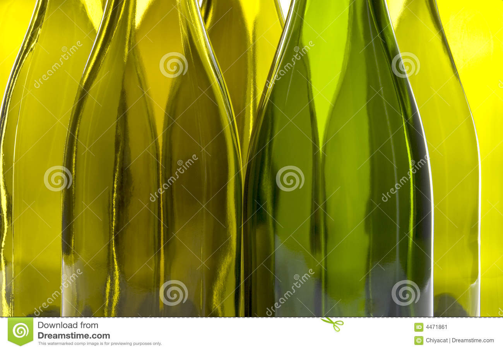 Bouteilles de vin vides