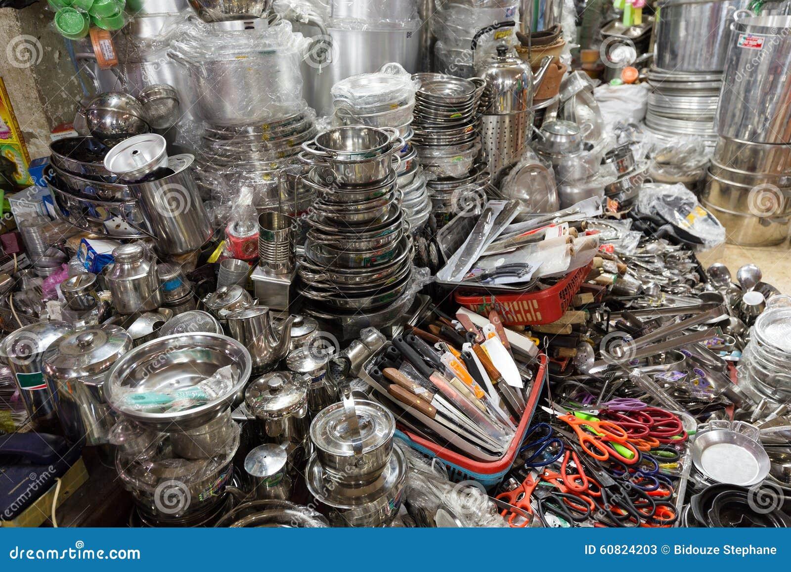 Boutique asiatique d'ustensiles de cuisine photo stock   image ...