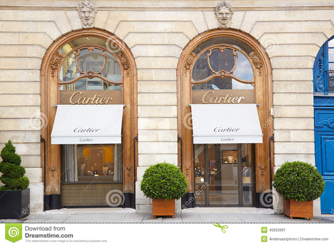 boutique de cartier vendome en place paris france photo ditorial image 45652691. Black Bedroom Furniture Sets. Home Design Ideas