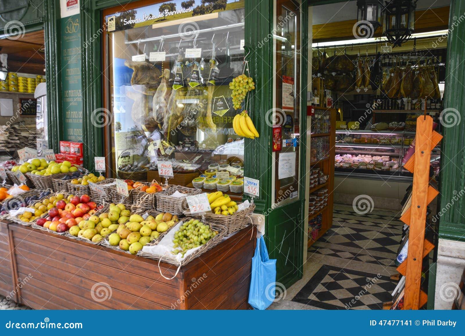 Boutique de fruits et l gumes lisbonne photo ditorial image 47477141 - Fruits et legumes de a a z ...