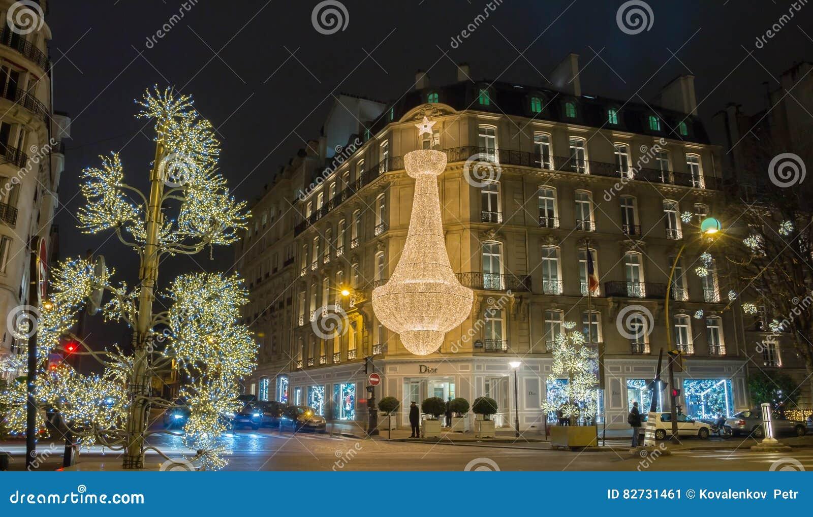 Boutique Dior Dekorerade For Jul Paris Frankrike Redaktionell Bild Bild Av 82731461