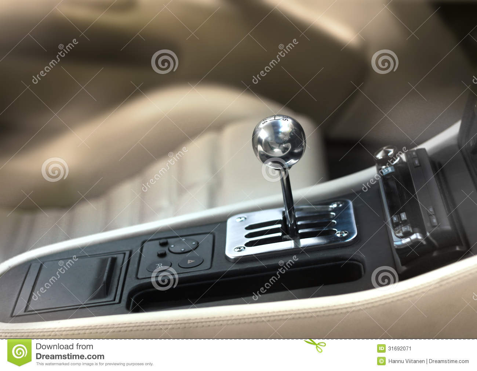bouton de changement de vitesse de voiture de sport image stock image 31692071. Black Bedroom Furniture Sets. Home Design Ideas