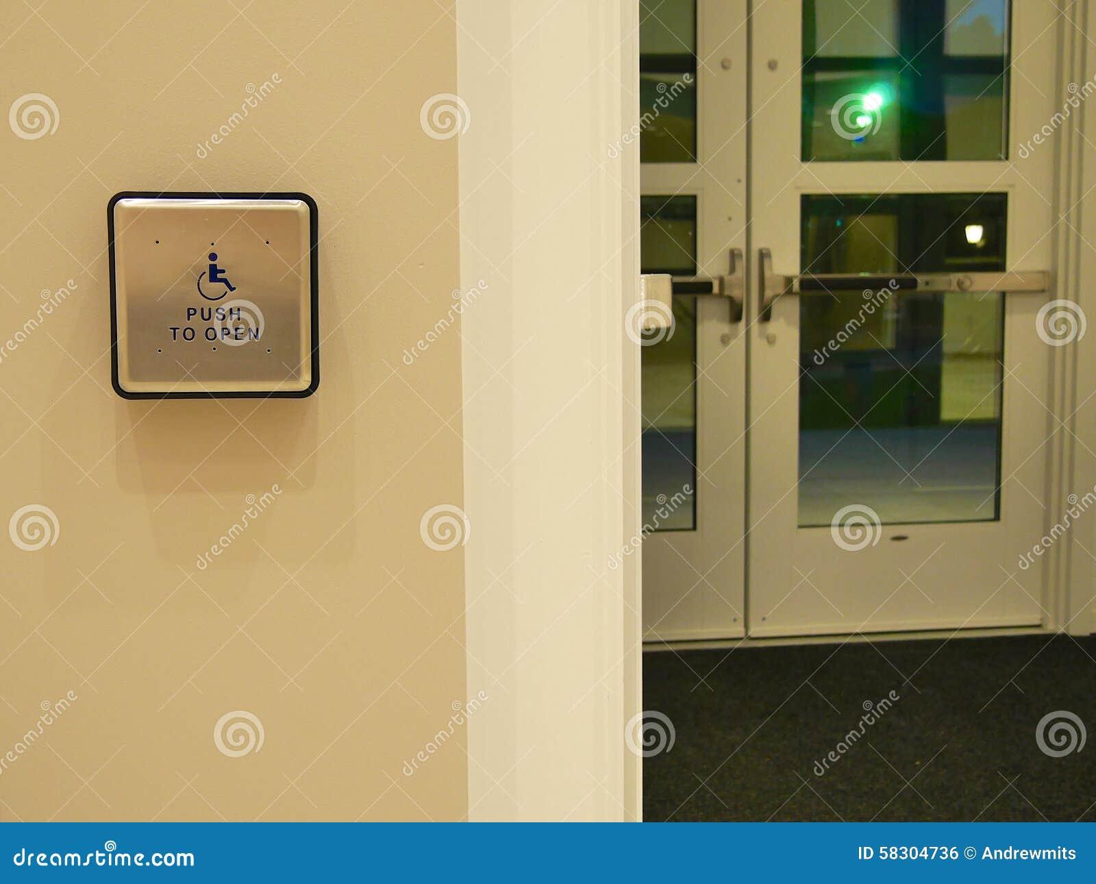 bouton de porte d 39 handicap photo stock image du acc s. Black Bedroom Furniture Sets. Home Design Ideas