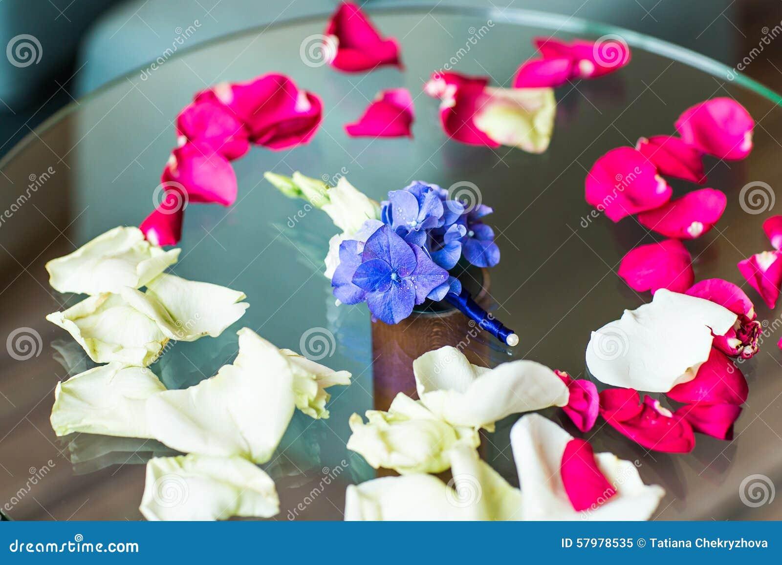 Boutonniere van de bruidegom