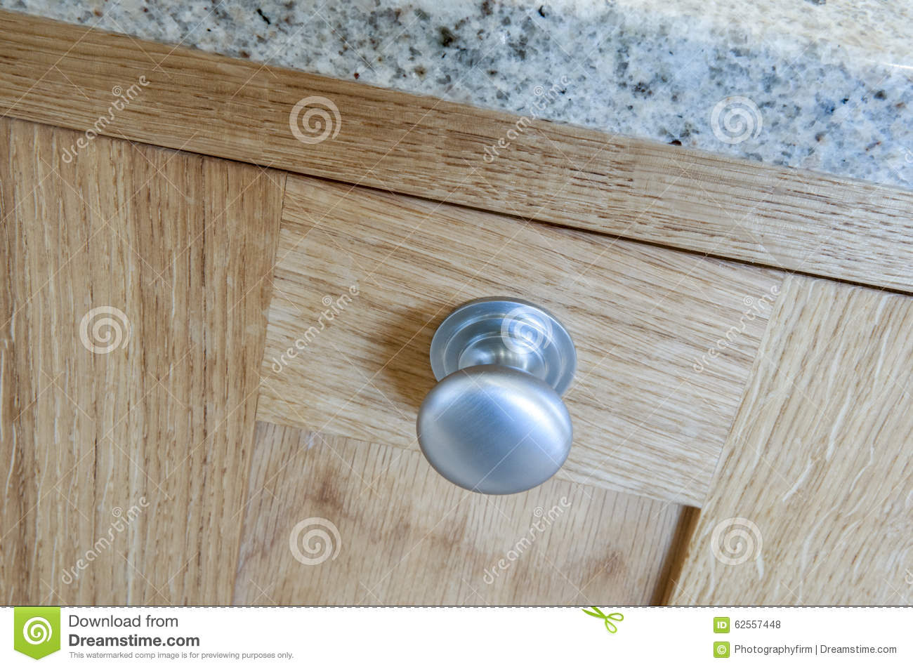 boutons de placard de cuisine photo stock image 62557448. Black Bedroom Furniture Sets. Home Design Ideas