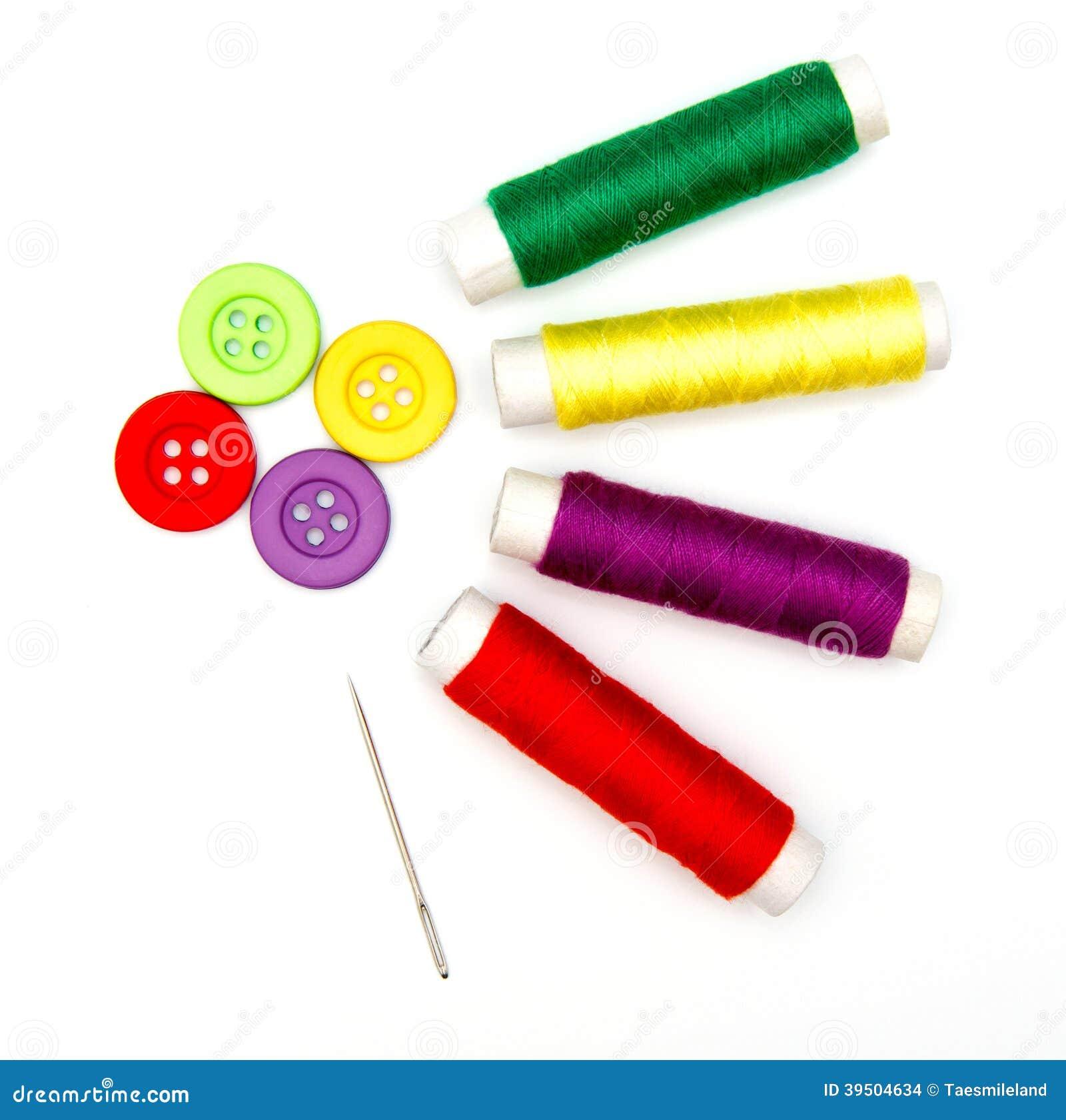 boutons et aiguille de couture avec le fil photo stock image du temps r parer 39504634. Black Bedroom Furniture Sets. Home Design Ideas