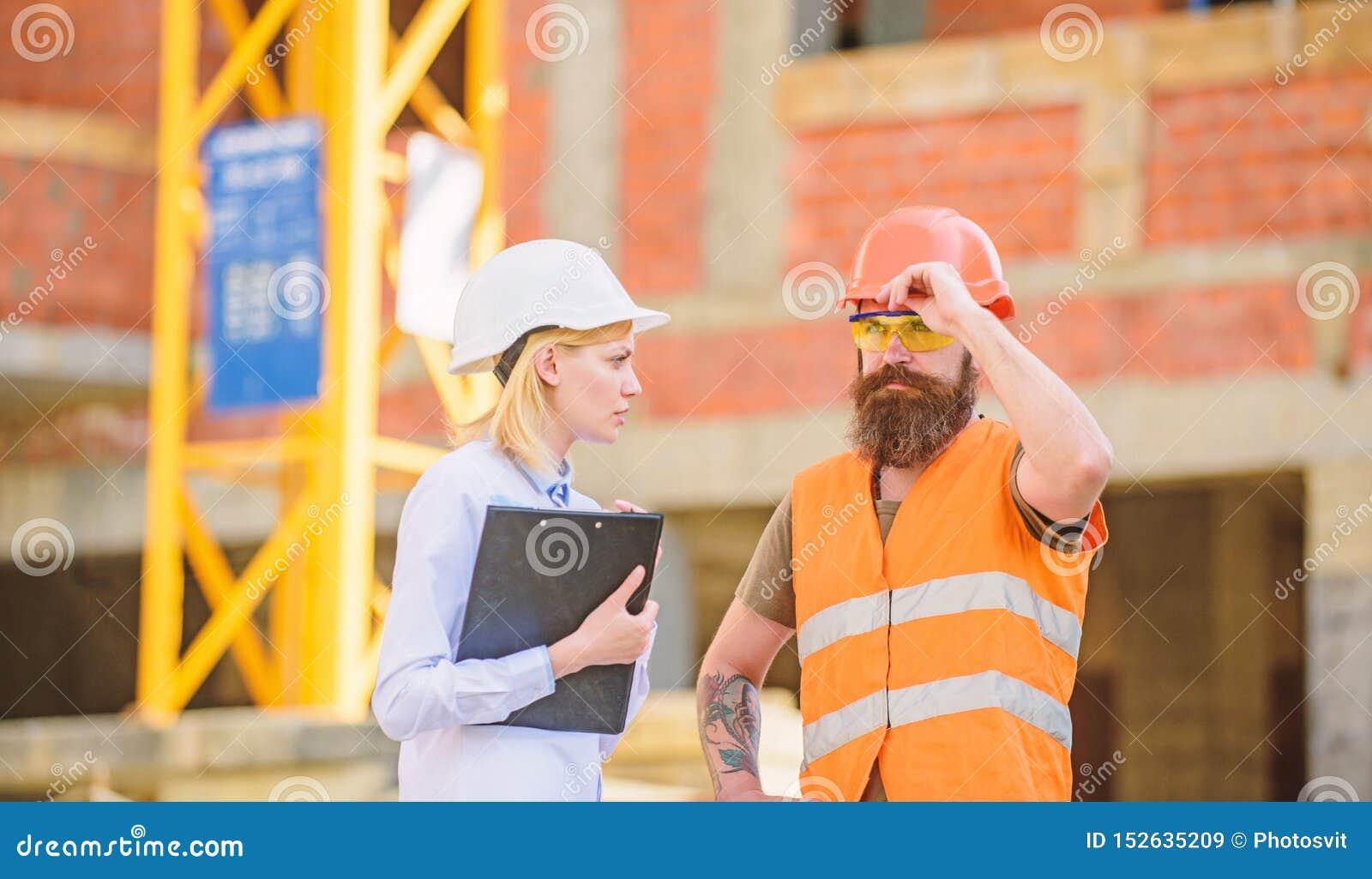 Bouwproject het inspecteren Bouwinspectie, correcties en boetes Bespreek vooruitgangsproject Veiligheid