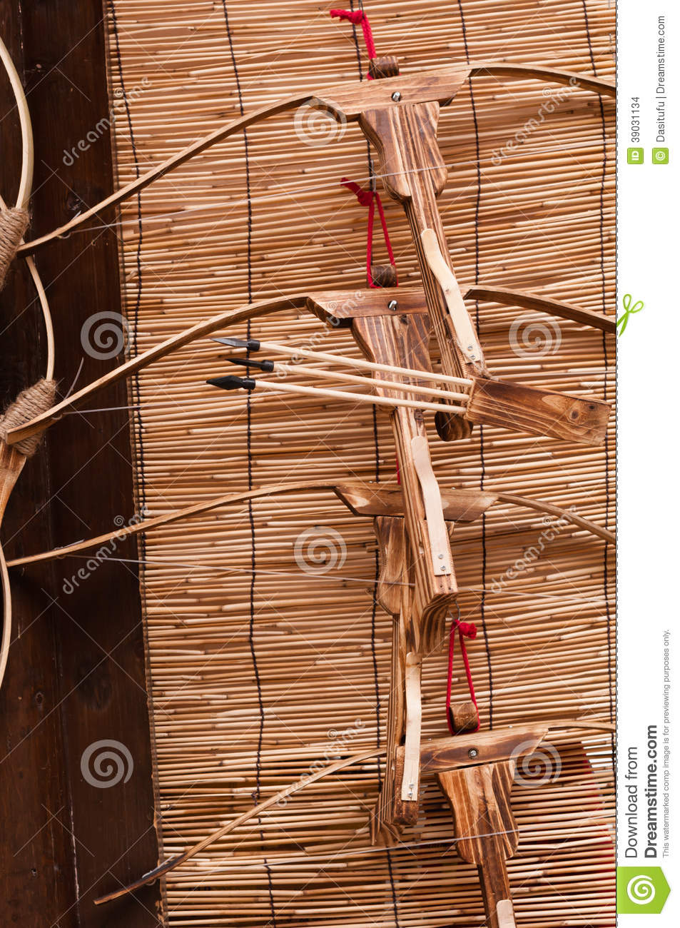 Bows Arrows Stock Photo Image 39031134