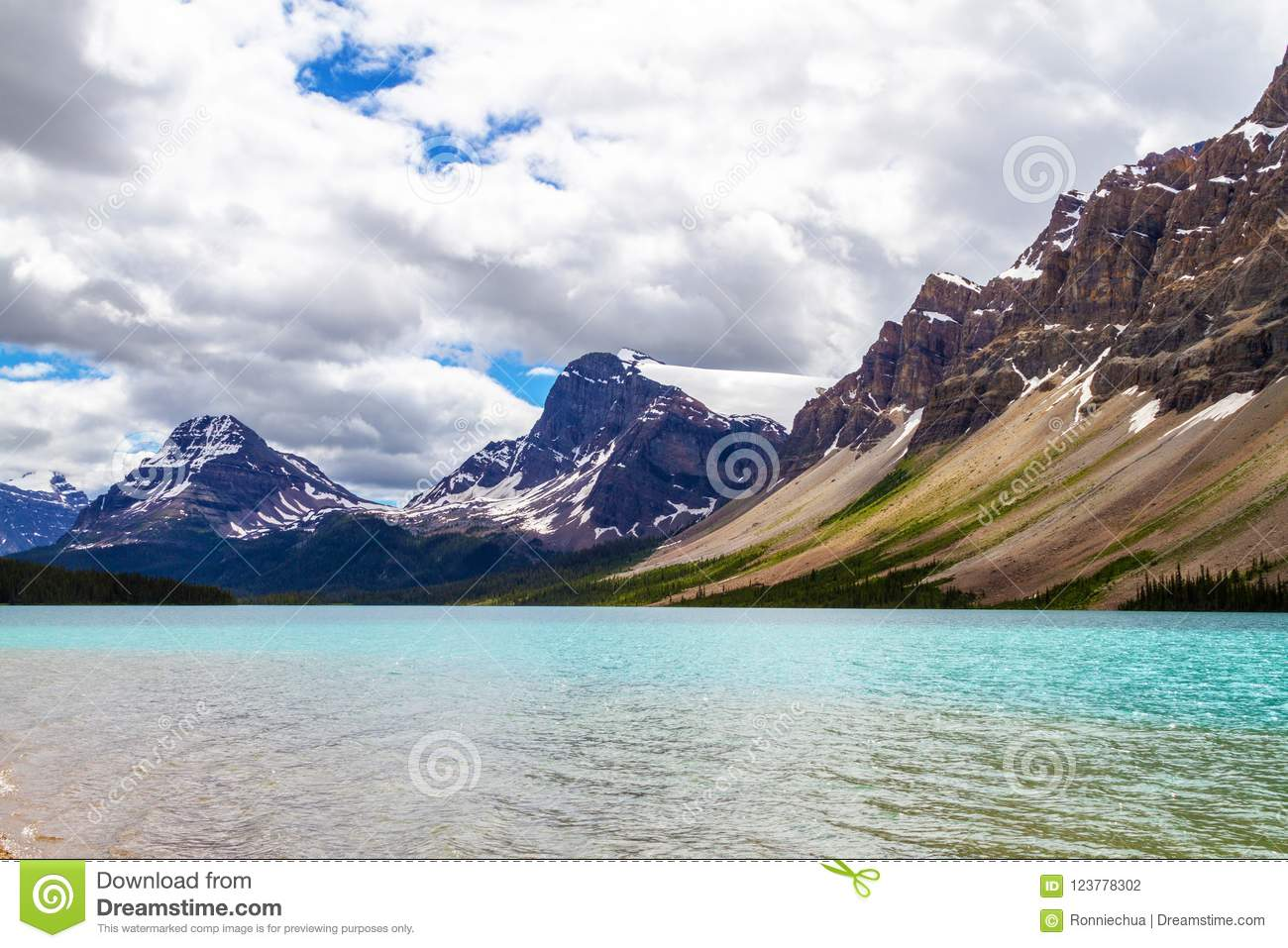 Bow Lake With Crowfoot Glacier and Crowfoot Mountain