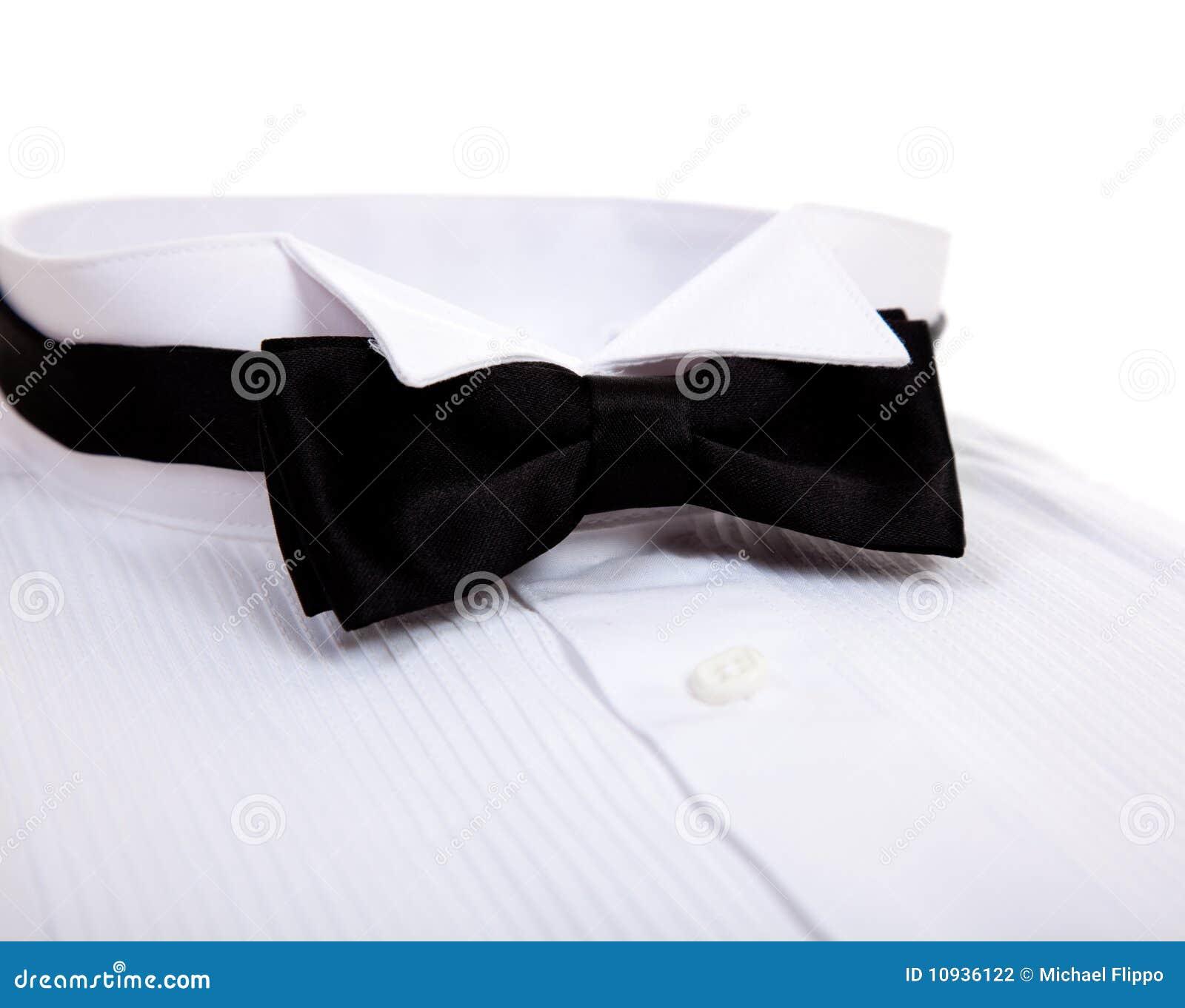 tuxedo bow tie how to put on
